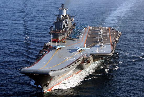 russia-la-portaerei-russa-admiral-kuznestov